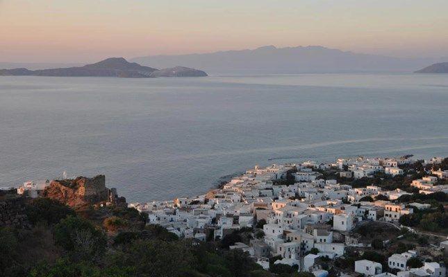 Η θέα στο Μανδράκι από το Παλαιόκαστρο #Greece http://diakopes.in.gr/trip-ideas/article/?aid=210358