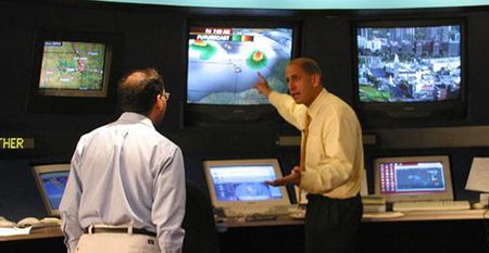 What are the off-campus placement opportunities for a meteorology student?