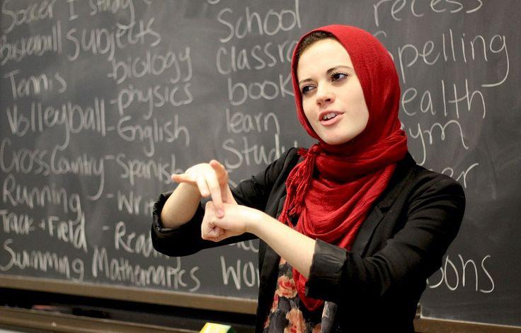 Hormati Ramadhan Pemerintah Inggris Majukan Waktu Ujian Sekolah : Pemerintah Inggris mempertimbangkan untuk memajukan waktu ujian sekolah menengah atas tahun ini karena bertepatan dengan bulan suci Ramadhan pada 6 Juni mendatang.