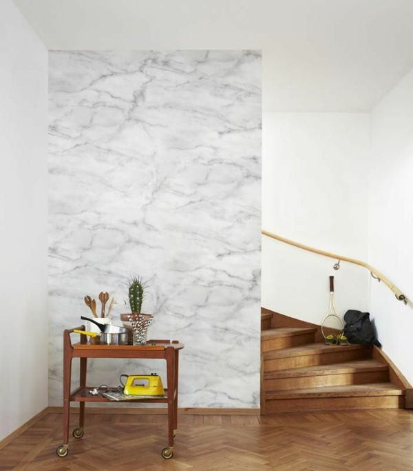 Tapete mit Marmormuster #marmor #wandgestaltung #wallpaper
