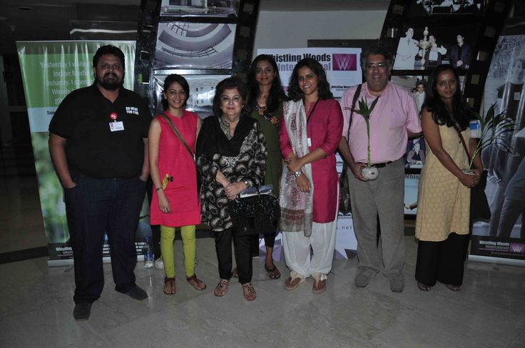 Chaitanya Chinchlikar, Karishma Mathur, Mahabanoo Mody – Kotwal, Spatica Ramanujam, Meghna Puri, Kaizad Kotwal, Swati Das (L to R)