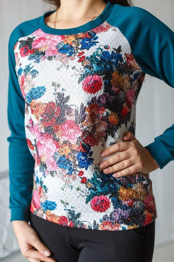 VENDITA VENDITA VENDITA  T-shirt Abbigliamento donna di OLHAKOSIUK