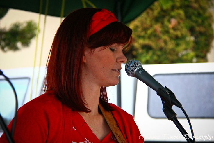 Everyone enjoyed the gorgeous voice of 'Into the East's Liv McBride. Southern Farmers Market in Invercargill. December 2013.