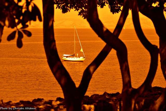 Sailing through feelings by Christos Ntitoras (Ditoras), via Flickr