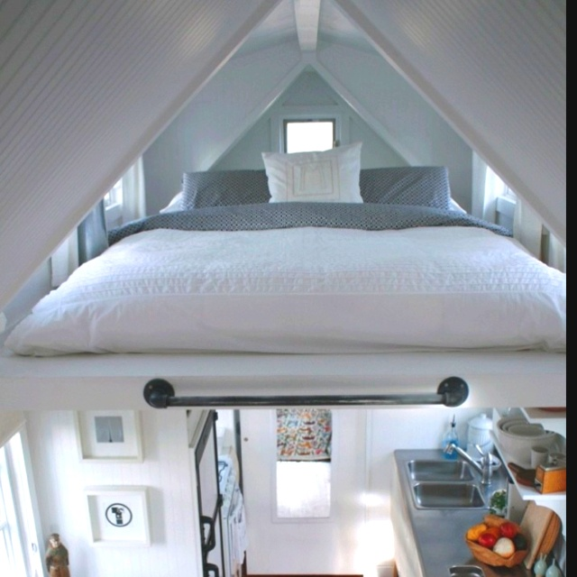 Interesting way of placing a bed