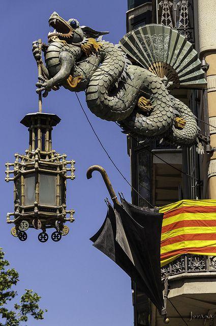 Casa Bruno Cuadros, remodelat el 1883 per Josep Vilaseca .-Casa dels paraigües Barcelona  Catalonia.