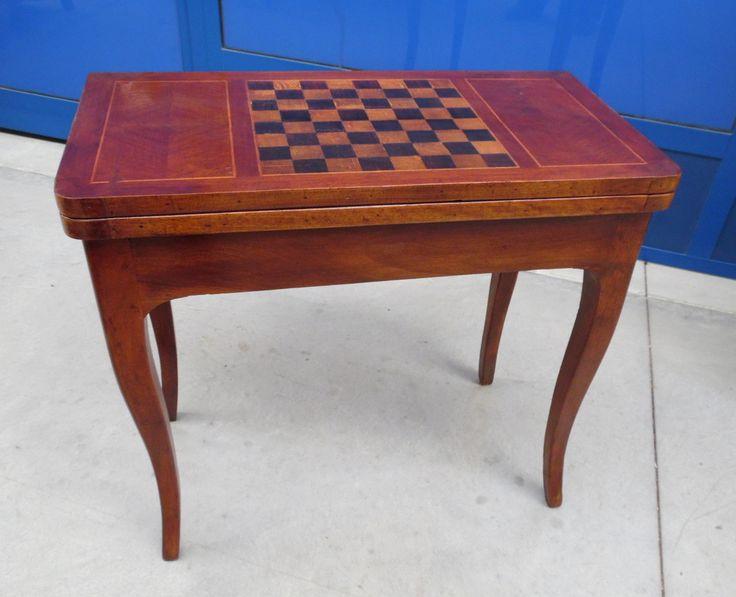 Tavolino da gioco '800 in ciliegio noce e acero scacchiera intarsiata