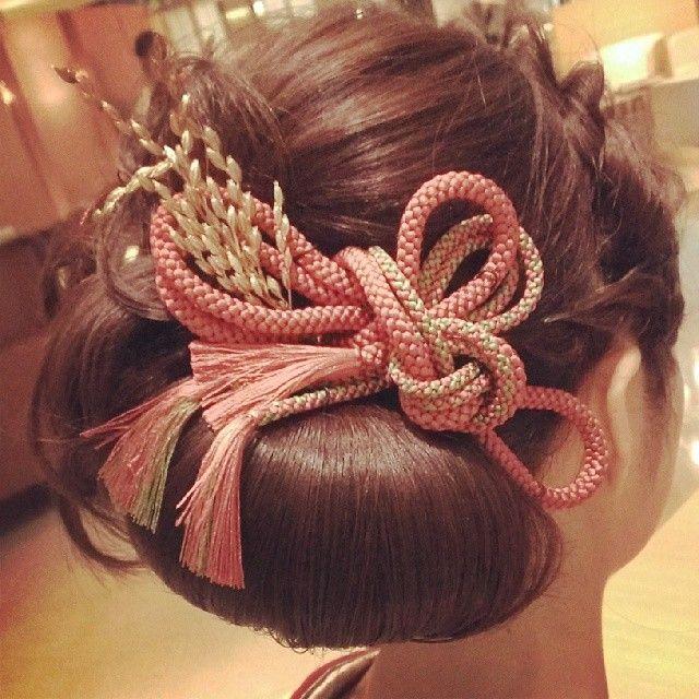 """和装の髪型ってどうすればいいの?""""色打掛け×洋髪""""がおしゃれでイマドキなスタイル♡   ZQN♡"""