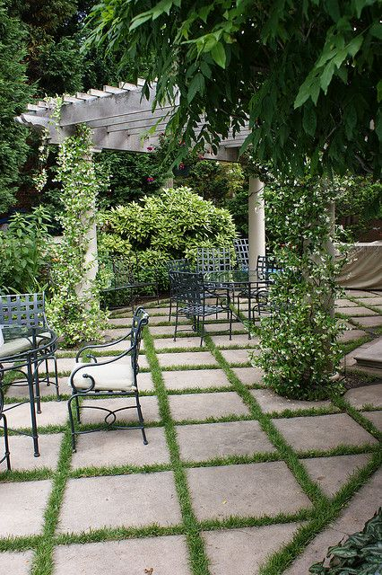 like these patio tiles with grass between them