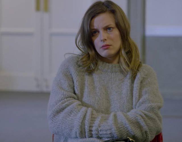 Mickey Dobbs - Gillian Jacobs Style - Netflix Love - Grazia