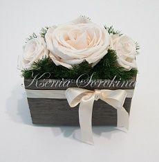 """Свадебные букеты и украшения для свадеб из стабилизированных цветов. Украшение свадебного стола из белых стабилизированных роз. Флорист Ксения Сорокина. """"Особые цветы"""" г.Сургут."""