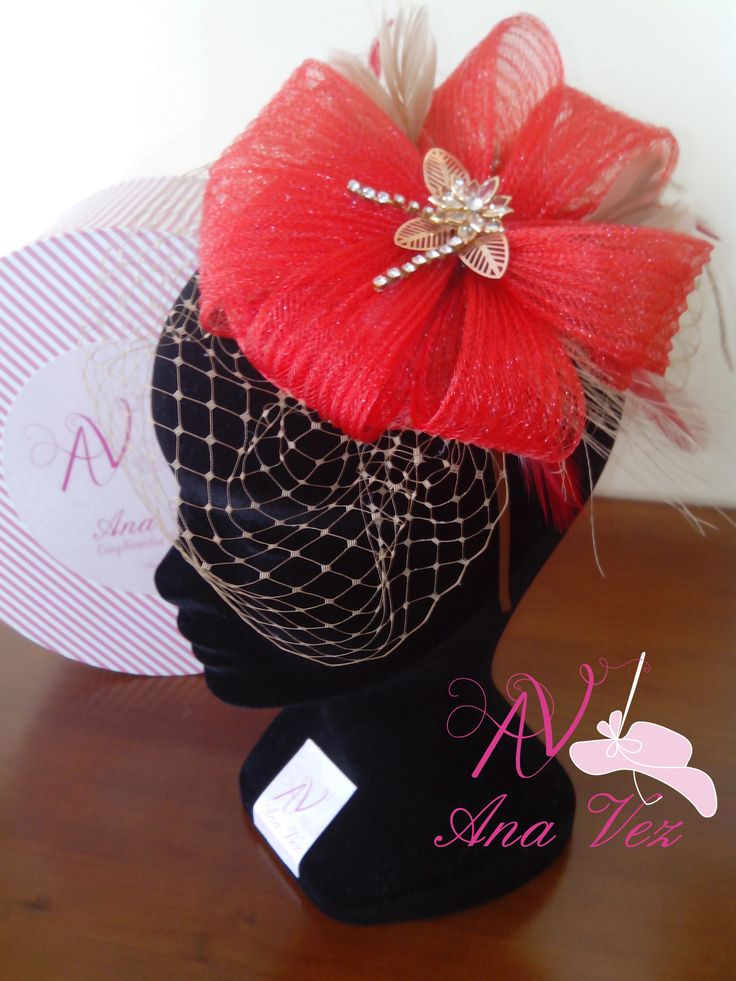 Ana Vez Atelier de Tocados, Sombreros & Complementos Artesanales.