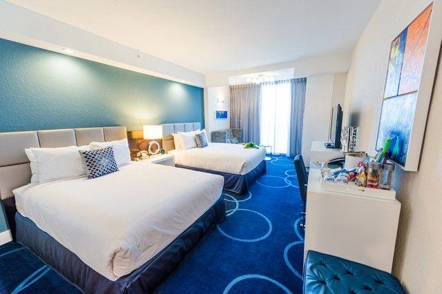 The best non-Disney hotels close to Walt Disney World.