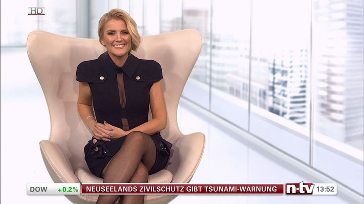 Jennifer Knäble German Presenter Deluxe 18.12.2016  13 2016