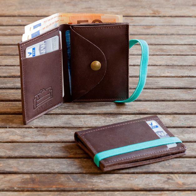 Handgearbeitete Leder Brieftasche, aus up cycled Leder, Brieftasche für Damen und Herren,ein wunderschönes, einzigartiges und handgemachtes Portemonnaie.  <br> ◆ **PRODUKTDETAILS**  ◆  ✓ Passend...