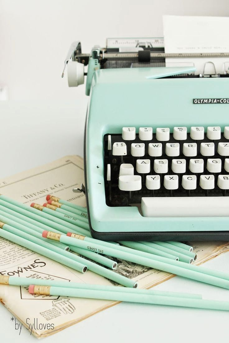 I would love to have a vintage typewriter that works. ❤️