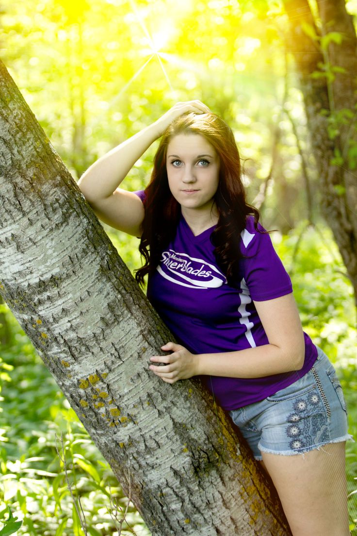 college girl dating high school senior College scholarships for college-bound high school seniors financial aid for college: grants, fellowships college scholarships for high school senior girls:.
