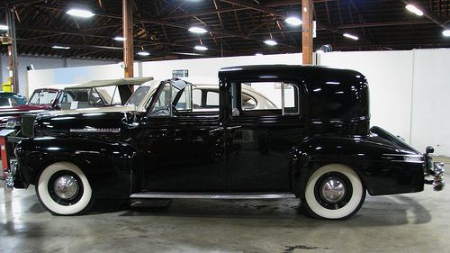 17 best images about limos lincoln on pinterest limo auction and versailles. Black Bedroom Furniture Sets. Home Design Ideas