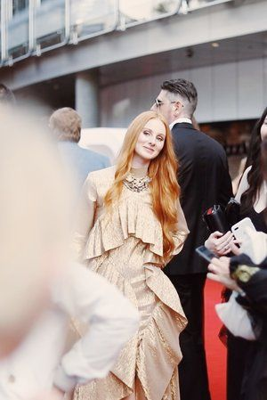 Vera Blue at the 2017 ARIAs by The Honest Jones