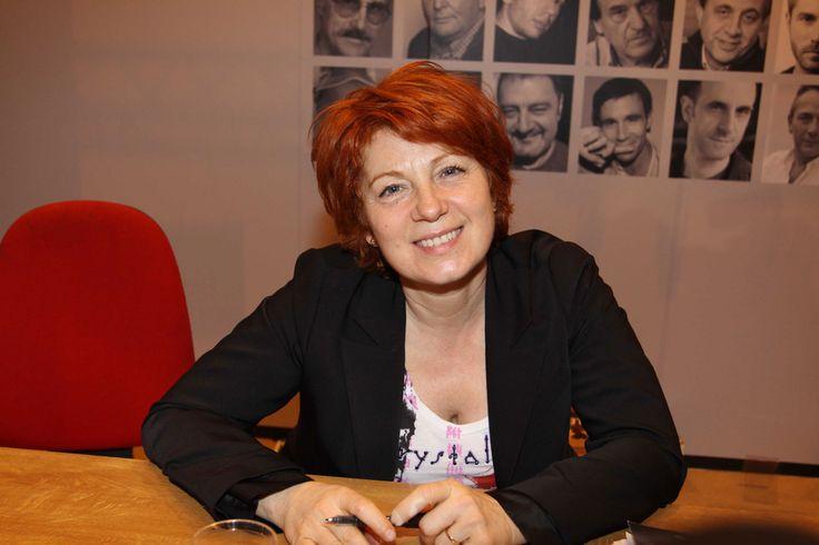 Véronique Genest est grand-mère Check more at http://people.webissimo.biz/veronique-genest-est-grand-mere/