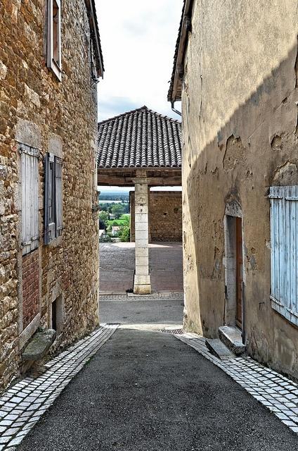 Halle de Treffort-Cuisiat -  Revermont - Ain by Vaxjo, via Flickr