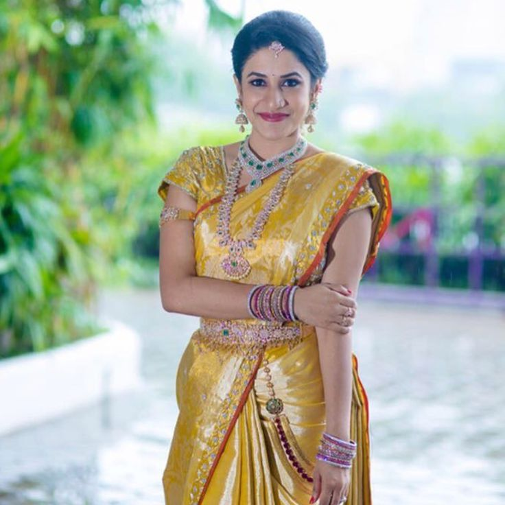 South Indian bride. Diamond Indian bridal jewelry.Temple jewelry. Jhumkis.Gold silk kanchipuram sari.Braid with fresh jasmine flowers. Tamil bride. Telugu bride. Kannada bride. Hindu bride. Malayalee bride.Kerala bride.South Indian wedding. Pinterest: @deepa8