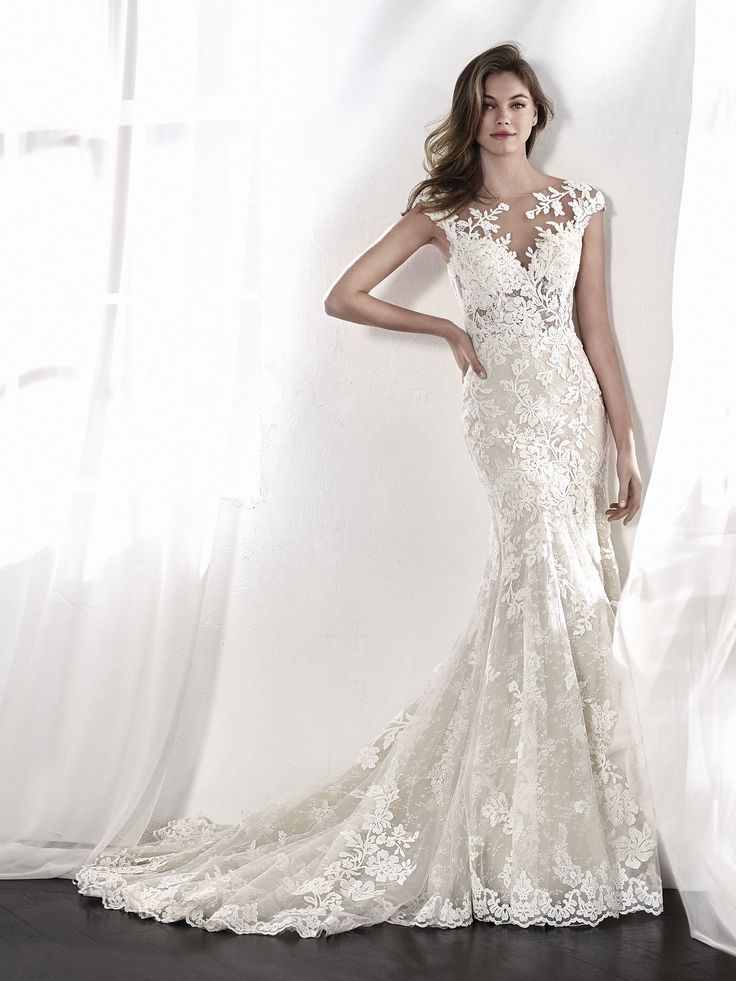 LETICIA wedding dress with illusion effects