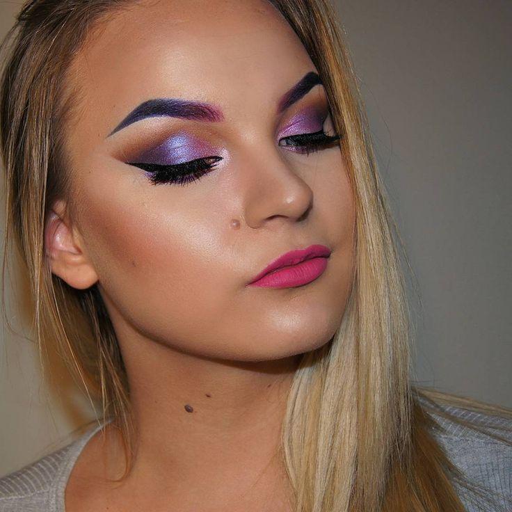 PURPLEFEVER!!❣Filmed this look a few days ago 😄 what do you think? -Foundation and contour: @katvondbeauty  #shadeandlightpalette #lockitfoundation -Highlight: @anastasiabeverlyhills  #gleam #glowkit -Eyeshadow: @urbandecaycosmetics  #urbanspectrumpalette #vice4 -Eyelashes: Eylore no.143 -Lips: @nyxcosmetics #lipcreme -Blush: @thebalm_cosmetics  #instain in 'argyle' -Eyeliner: @katvondbeauty #tattooliner #makeupmadness #makeupfun #purplelids #purplebrows #selftaught #makeupartist #lovethis…