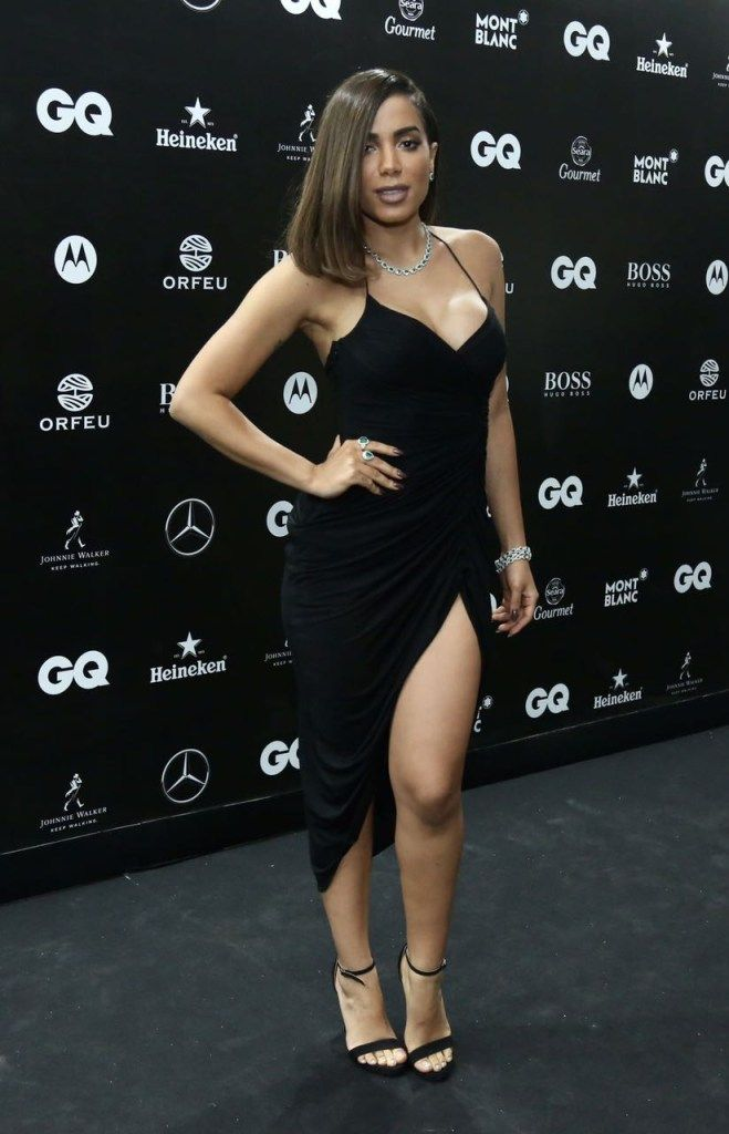 Looks do Prêmio Homens do Ano da Revista GQ. Anitta