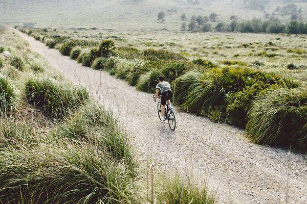 Isadore Apparel - Peace Jersey Tarmac Grey - Bringing the legendary spirit of peace race back to roads #isadoreapparel #roadisthewayoflife  #cyclingmemories