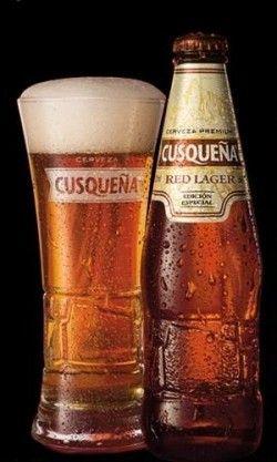 Cerveja Cusqueña Red Lager, estilo Premium American Lager, produzida por Union de Cervecerias Peruanas Backus y Johnston, Peru. 5% ABV de álcool.