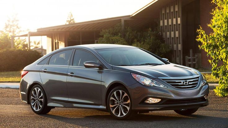 Recall Alert! Hyundai Motor Co. will recall about 978,000 Sonata cars in the U.S. because of a seatbelt glitch that has led to one minor injury, according to a report filed on Thursday by the South Korean automaker ...
