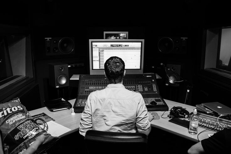 Band practice - Editing a freshly recorded track #band #play #record #bw #black #and #white #studio