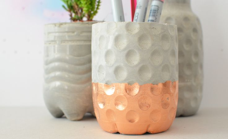 diy concrete vases pencil holders diy vasen und. Black Bedroom Furniture Sets. Home Design Ideas