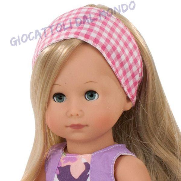 Bambola in vinile Mia dalla casa tedesca Gotz. Solo su Giocattoli dal Mondo. http://www.giocattolidalmondo.it/articoli/959/mia-la-prima-bambola-di-vinile-gotz.htm
