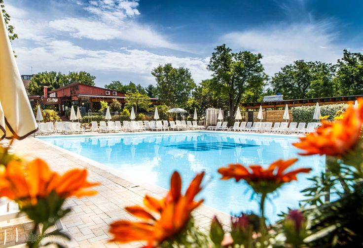 View of the pool at Camping Village Roma in Lazio.
