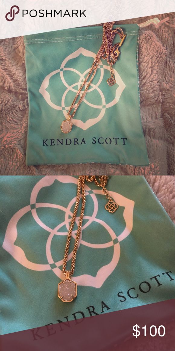Kendra Scott Oliver Necklace Rose gold and iridescent drusy. Great condition. Comes with pouch. Discontinued style and rare. Kendra Scott Jewelry Necklaces