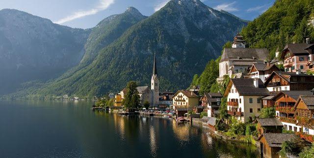 Halstatt - Popular Tourist Attractions in Austria