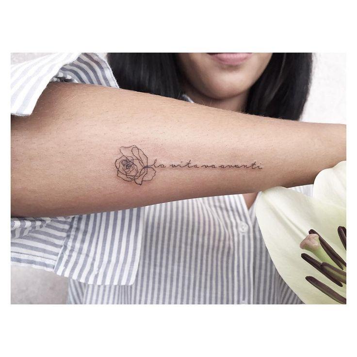 // VITA // Pieza para María.  ● MAR NEGRO ESTUDIO ●    #new #nuevo #vita #life #vida #rose #quote #lettering #tattoo #tattoos #tatuaje #tatuajes #singleneedle #tatuador #tatuadores #tatuadorescolombianos
