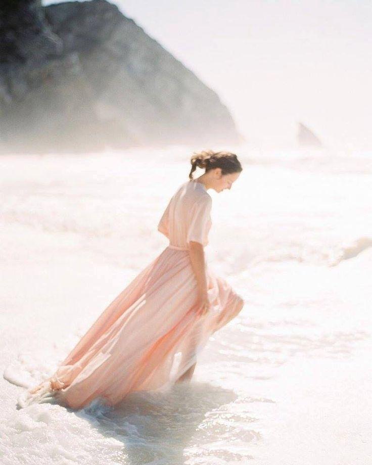 Non-Korsett Pfirsich Hochzeitskleid A-Silhouette mit Jahrgang Spitze Dekor von CathyTelle auf Etsy https://www.etsy.com/de/listing/262227662/non-korsett-pfirsich-hochzeitskleid-a