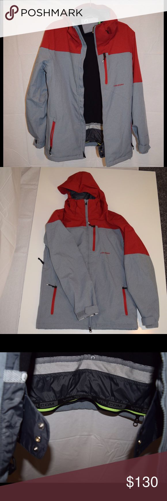 ❄️ VOLCOM Men's Snow Boarding Jacket ❄️ Like New VOLCOM Snow Boarding Jacket. Great Condition, only worn a few times. Lots of zippers and storage compartments. Snow proof bottom with zipper closure to make sure no snow gets under your jacket or in your pants.  ✨Bundle4discounts&better shipping rate 📬 Volcom Jackets & Coats Ski & Snowboard