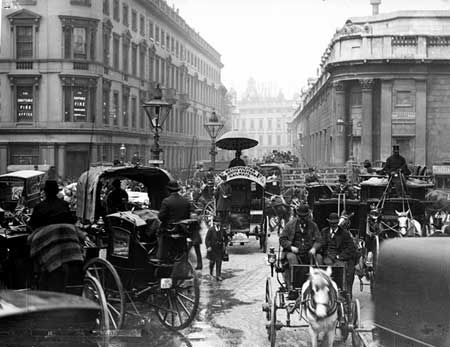 Even in the late Victorian times driving in London was a nightmare.  This shows traffic in Prince Street.