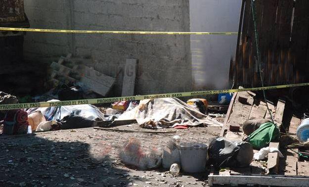 7 muertos y 15 heridos tras volcadura de camión con cortadores de café en Coatepec - http://www.esnoticiaveracruz.com/7-muertos-y-15-heridos-tras-volcadura-de-camion-con-cortadores-de-cafe-en-coatepec/