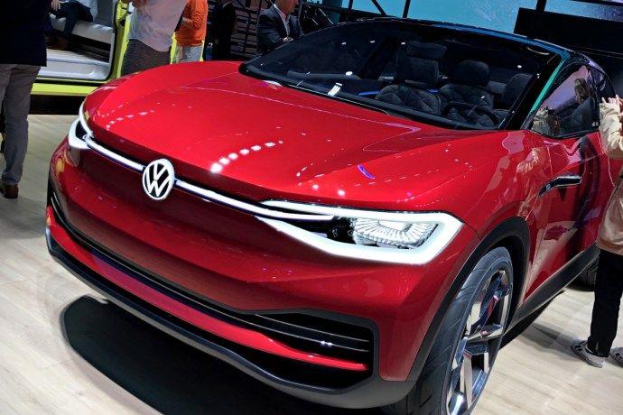 Vw Id 4x Volkswagen Plant Wohl Marktstart Ende 2020 In 2020 Volkswagen Elektroauto Autos