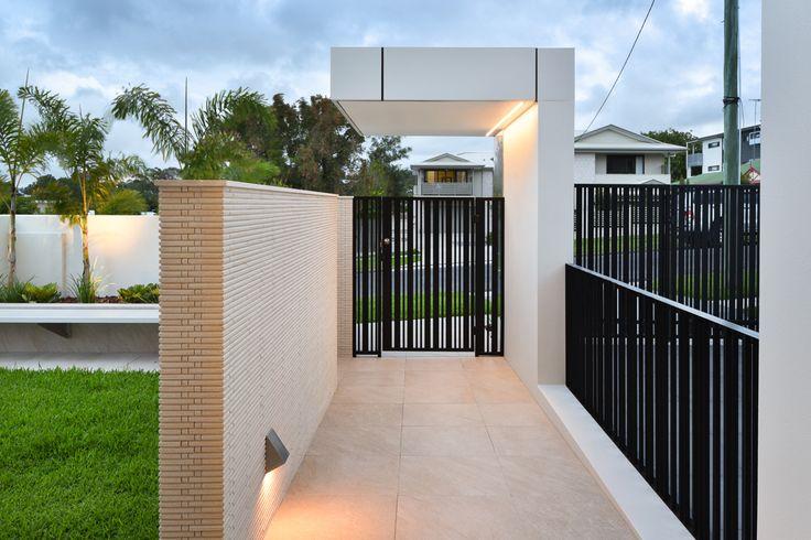 Carina Heights Outdoor Design - Dion Seminara Architecture
