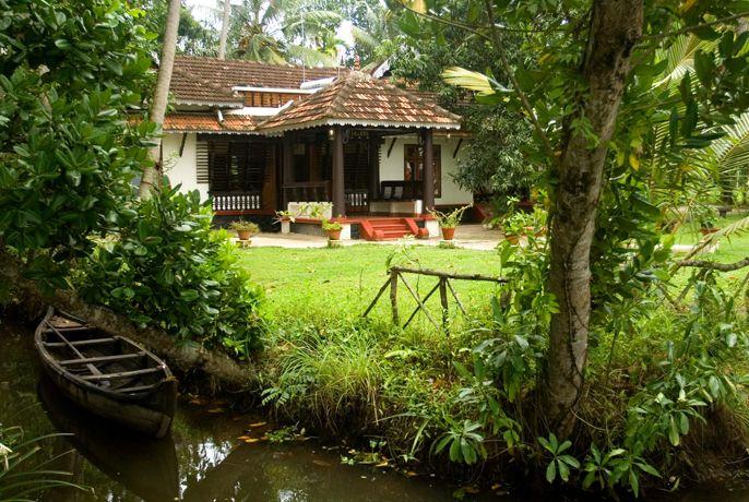 Vembanad House Homestay in Alleppey http://www.padhaaro.com/blog/top-10-homestays-india/