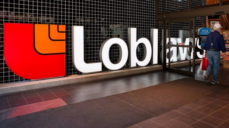 "A lawyer working on a proposed class-action lawsuit against several companies for a bread price-fixing scheme says consumers should ""read the fine print"" before accepting the $25 gift cards offered by Loblaw."