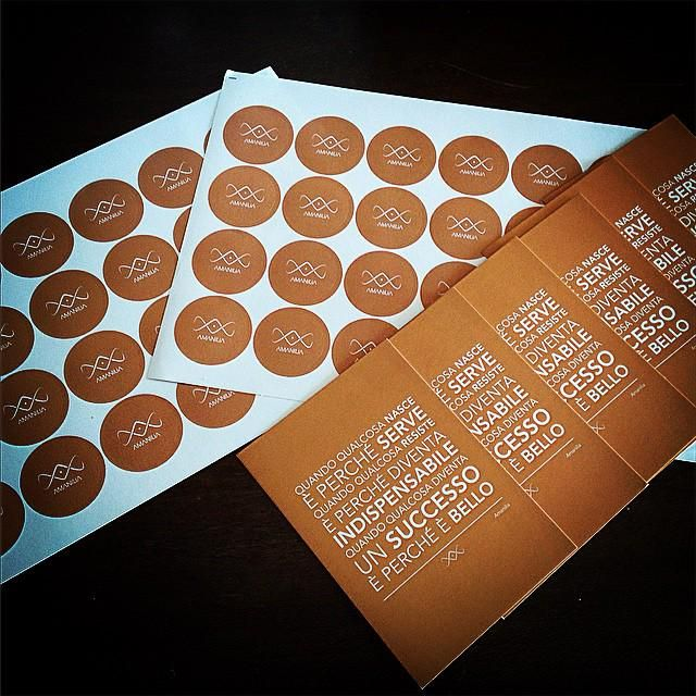 Etichette & Manifesto...