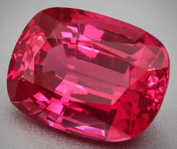 34 best Spinel images on Pinterest  Gemstone jewelry Gem