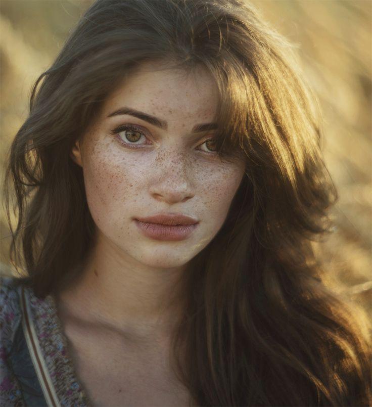Simple Portrait - null